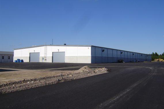Referenssi E.T. Listat Oy, logistiikkakeskus